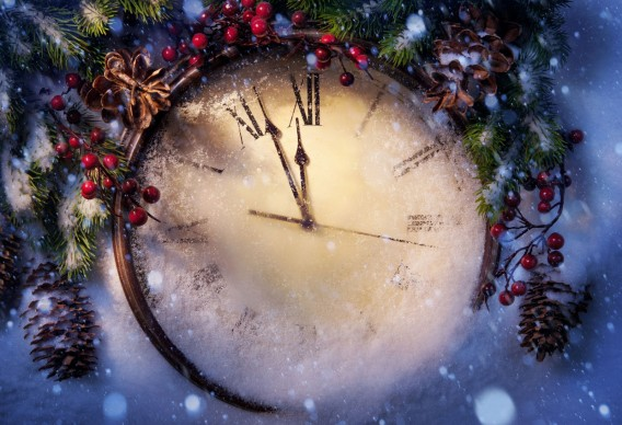 clock-midnight-holiday-new-year-big-shot-snow